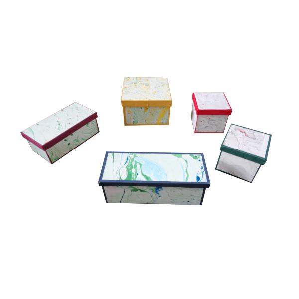 Schachtel aus Karton